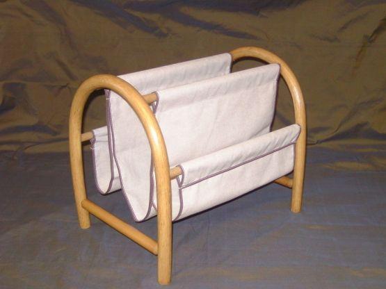 zeitungsst nder. Black Bedroom Furniture Sets. Home Design Ideas